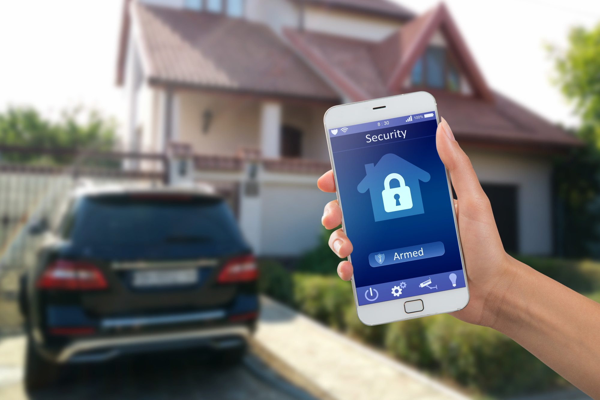 Should You Upgrade Your Front Door? The Pros and Cons of Electronic Door Locks