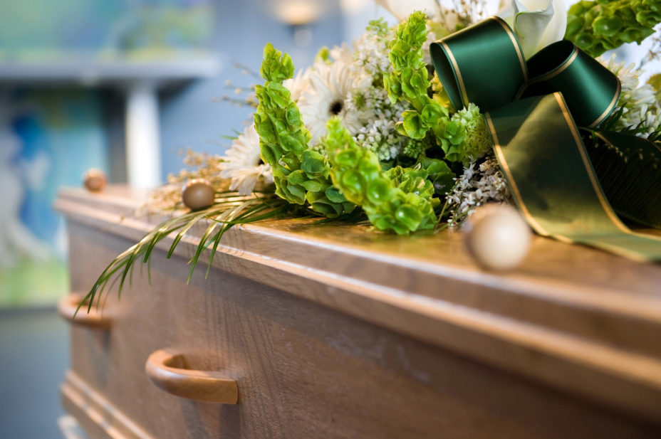 10 Must-Know Steps for How to Plan a Funeral
