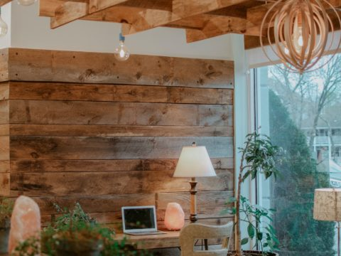 5 Tips on Creating a Rustic Living Space