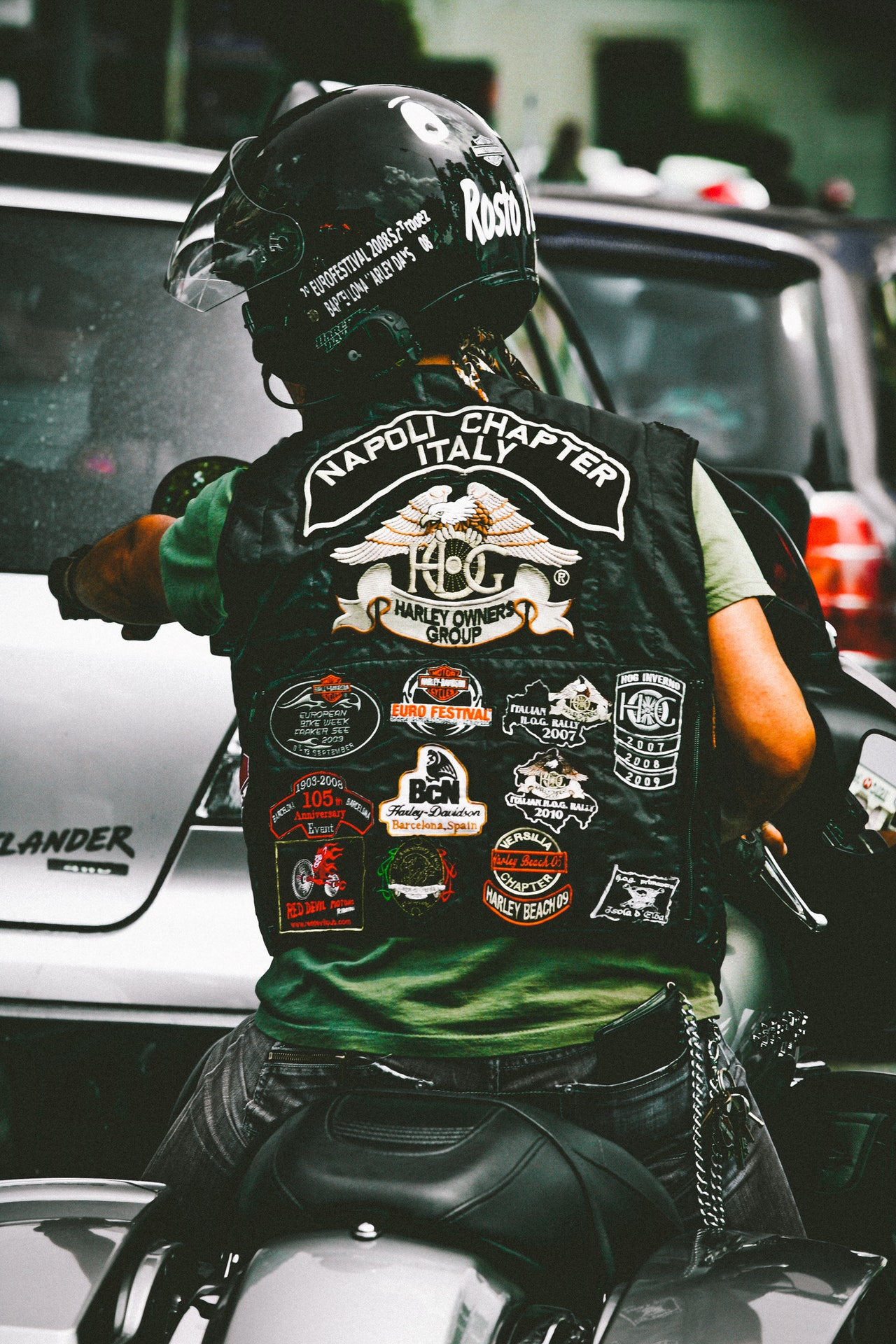 Looking At The Types Of Back Patches For Riders