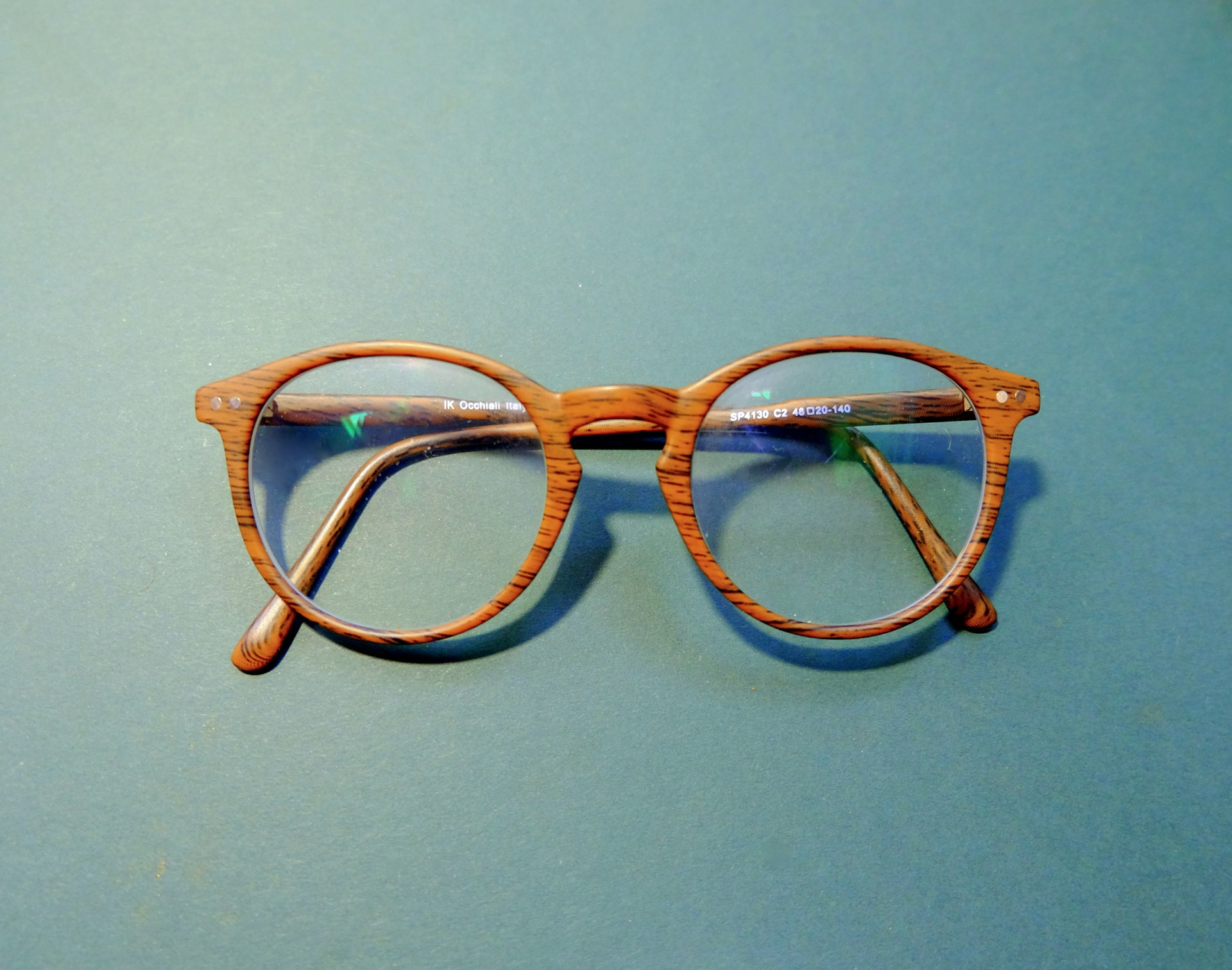 Top Tips for Finding the Right Eyeglasses