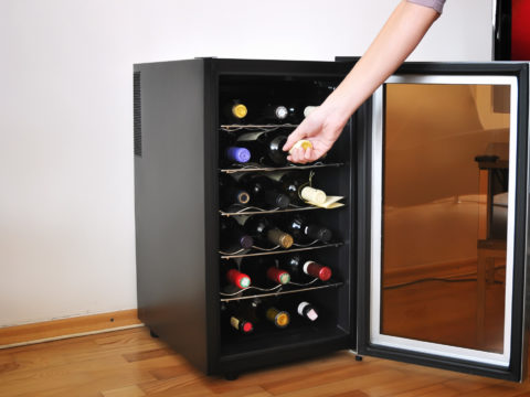 7 Wine Gift Ideas for the Oenophile in Your Life