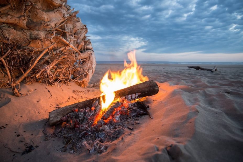 3 Tips for a Successful Beach Camping Trip