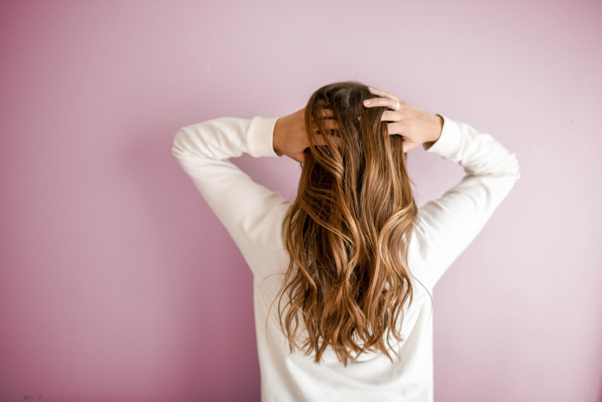 5 Safe and Easy Ways to Get Thicker Hair