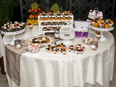 8 Creative Wedding Food Stations Your Guests Will Eat Up!