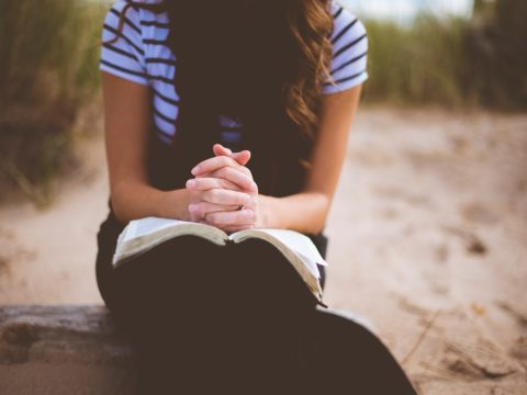 5 Inspirational Gifts Ideas for Christian Teens