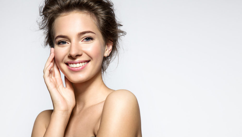 Beautiful and Bright Skin: 5 Important Tips to Get Smooth Skin
