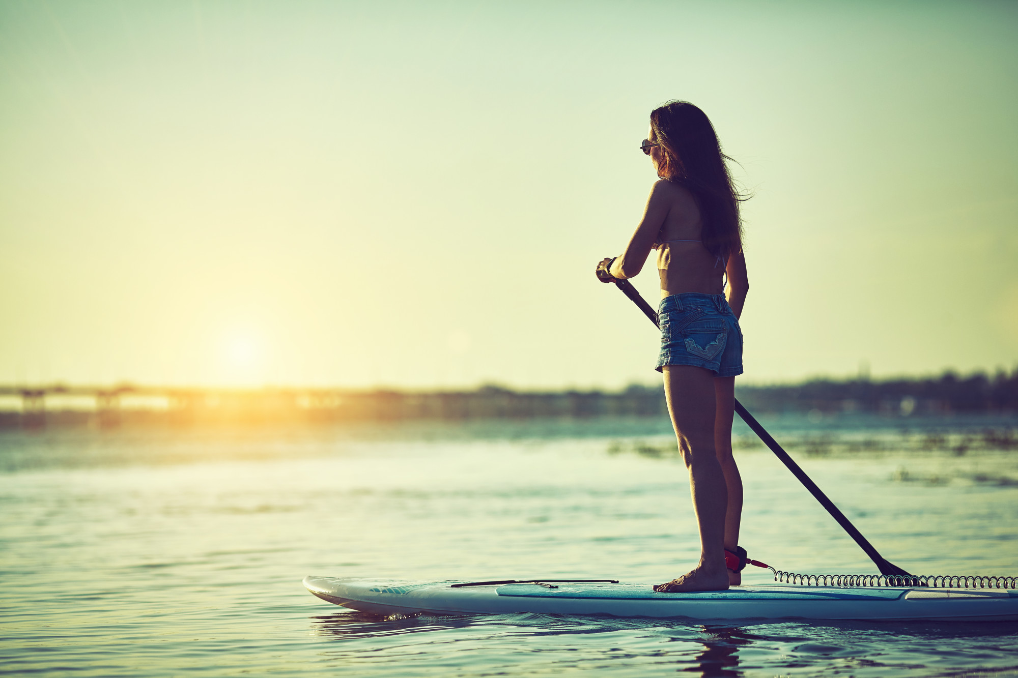 What to Wear Paddle Boarding: A Simple Guide