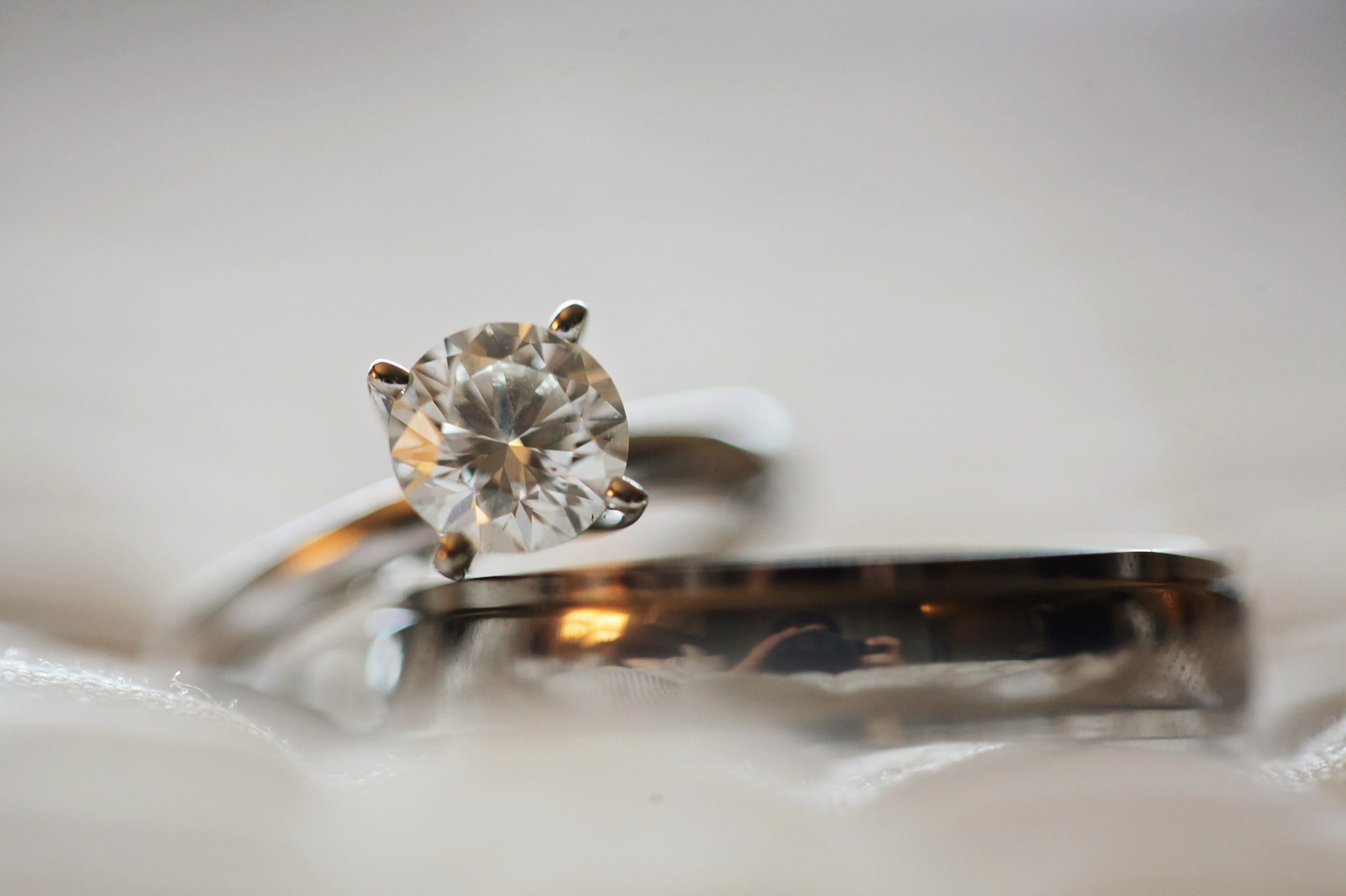 5 tips for buying a diamond engagement ring