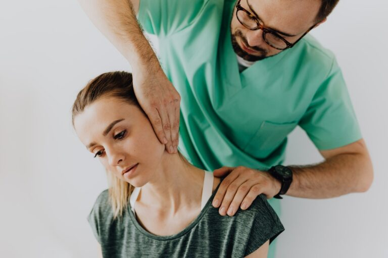 Neck Pain Causes and Remedies