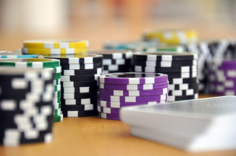 Live Dealer Casino Canada Unveils the Real Fun