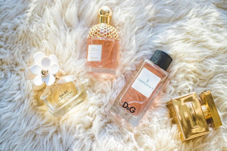 "3 Tips to layer a perfume like a ""Nez""!"