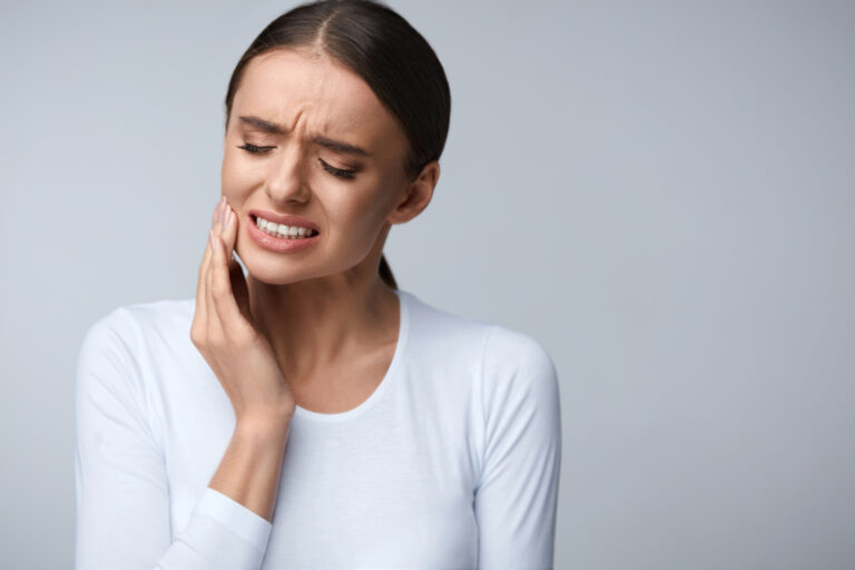 The Warning Signs That You Need Your Wisdom Teeth Removed