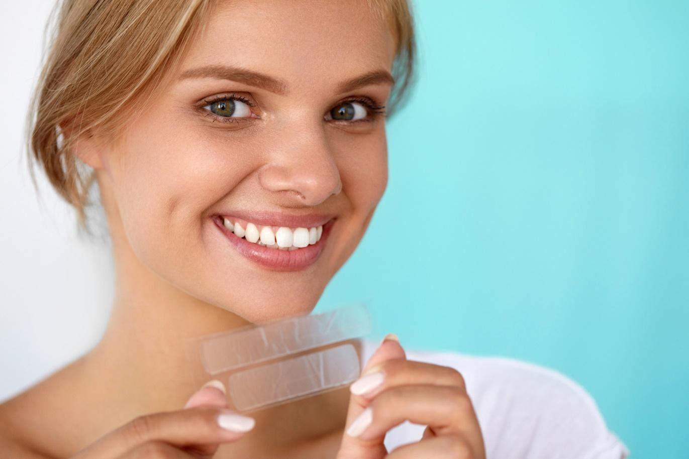 Six Secrets to Perfectly White Teeth