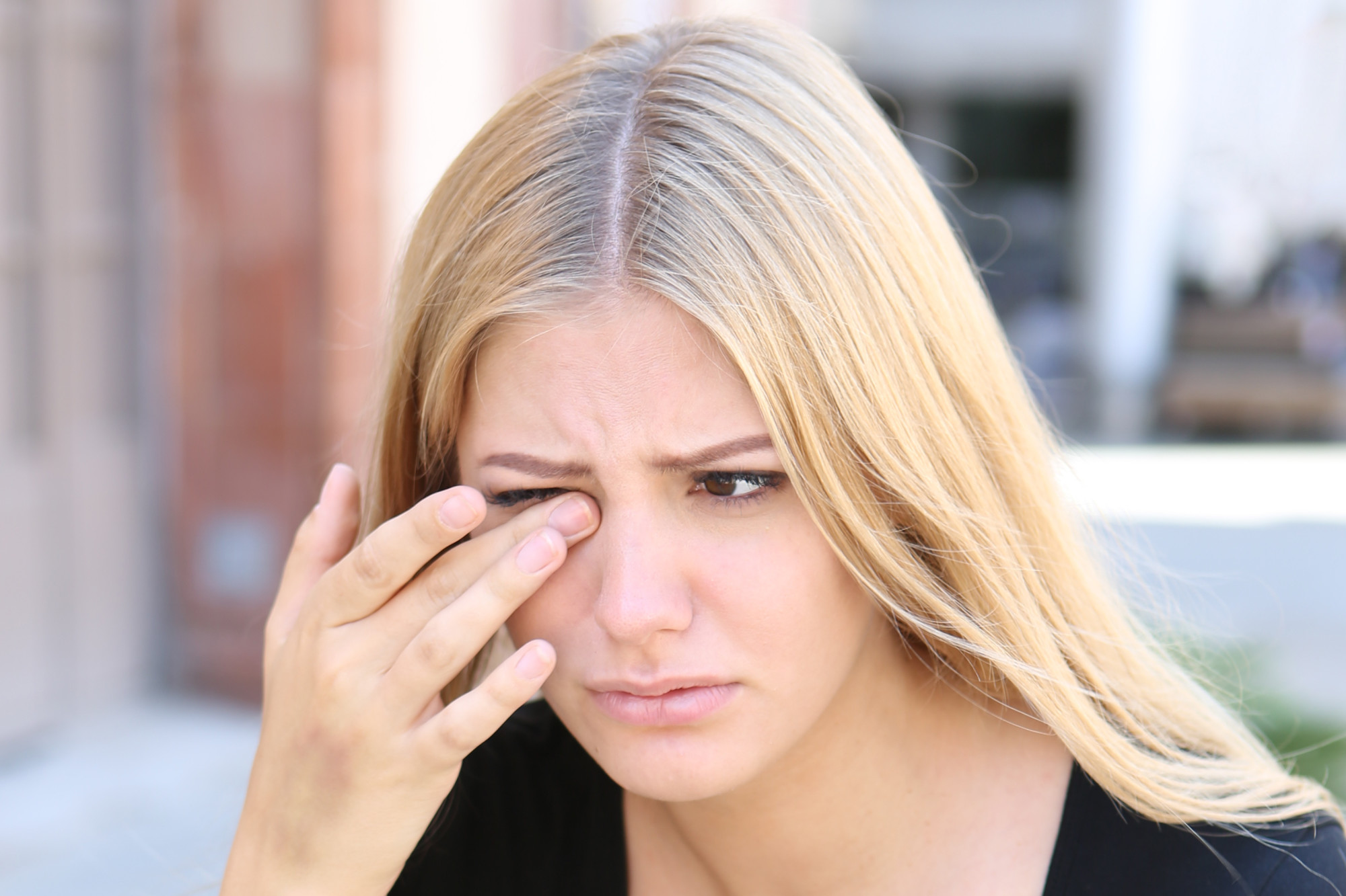 What Are Some Common Eye Problems Humans Experience?