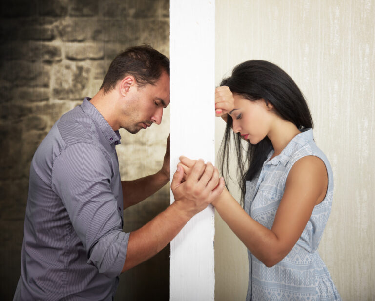 5 Common Signs Your Marriage Is in Trouble5 Common Signs Your Marriage Is in Trouble