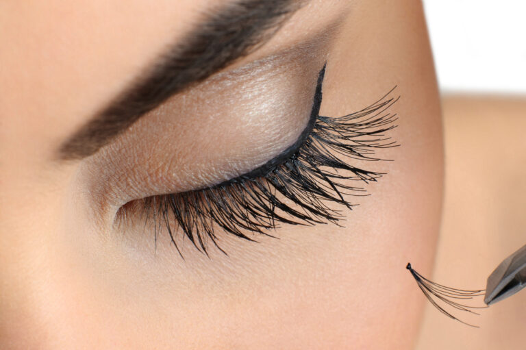 You Go, Girl! How to Apply False Lashes