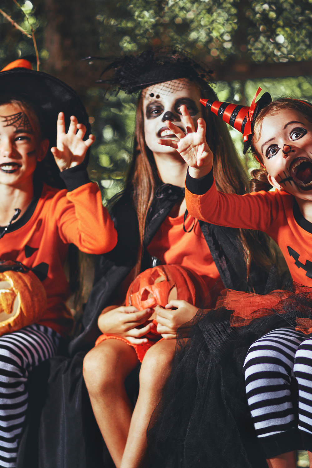 4 Ways to Stay Safe This Halloween